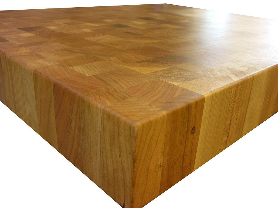 Countertop Corners Edges : End Grain Walnut with Eighth Inch Roundover Countertop Edges