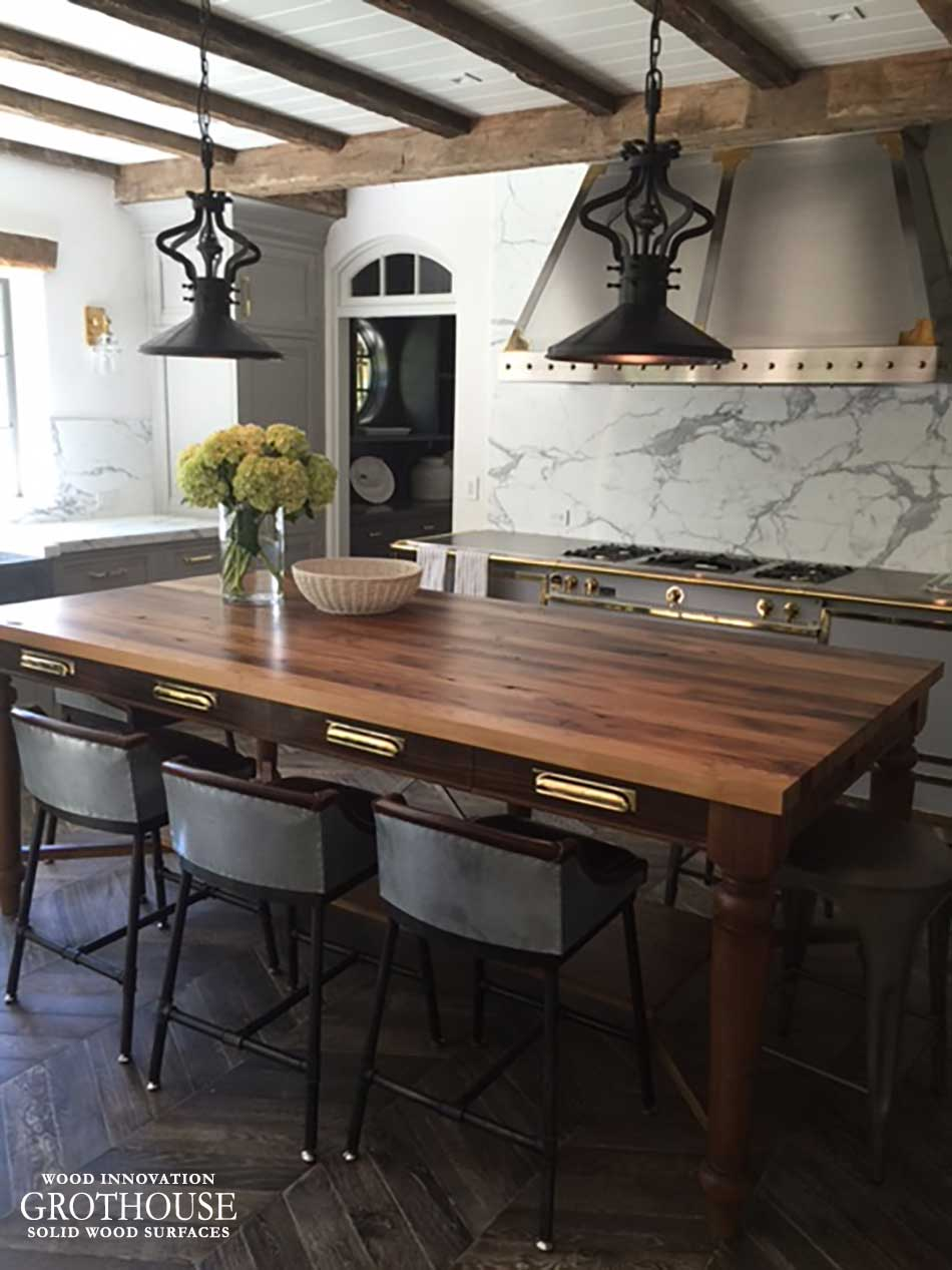 Antique reclaimed chestnut wood table in east hampton ny for Eat in kitchen designs for small kitchen