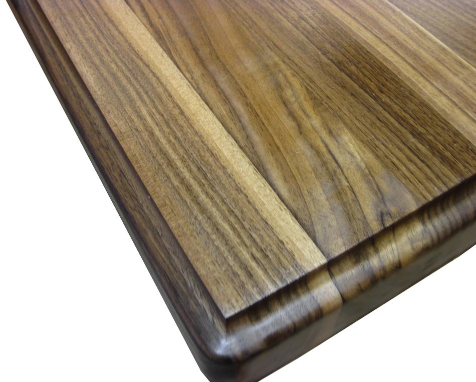 Walnut Wood countertop in Edge Grain Construction
