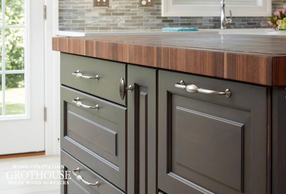 Walnut Checkerboard Island Countertop with Cabinet Storage Below to Store Kitchen Utensils, Appliances and Spices
