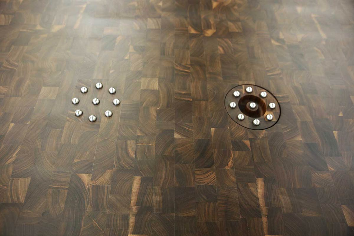 Butcher Block with Two Stainless Steel Ball Trivets